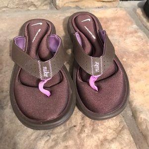 Brown and Purple Nike Comfort Flip Flops NEW
